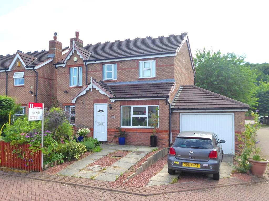4 Bedrooms Detached House for sale in Westminster Close, Rodley