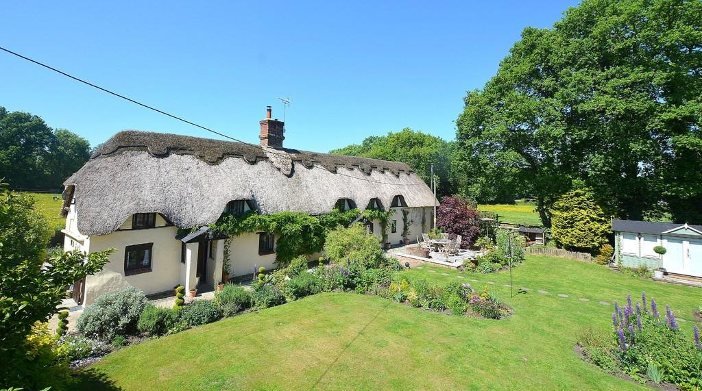 3 Bedrooms Cottage House for sale in Mannington, WIMBORNE