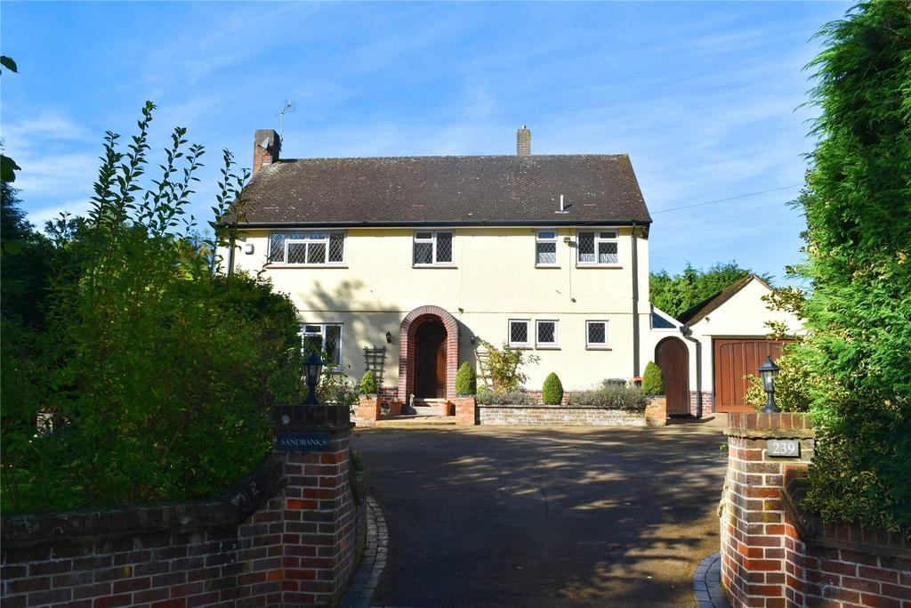4 Bedrooms Detached House for sale in Heath Road, Leighton Buzzard