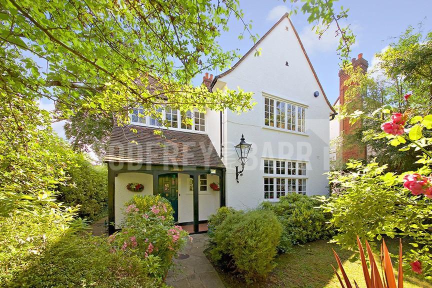 4 Bedrooms Detached House for sale in Bigwood Road, Hampstead Garden Suburb
