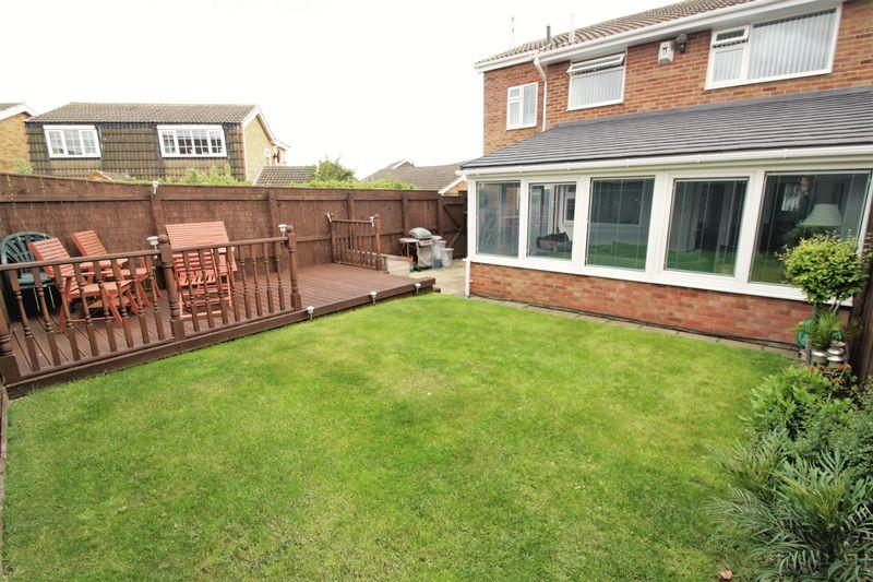 4 Bedrooms Semi Detached House for sale in Coombe Way, Hartburn, Stockton, TS18 5PX
