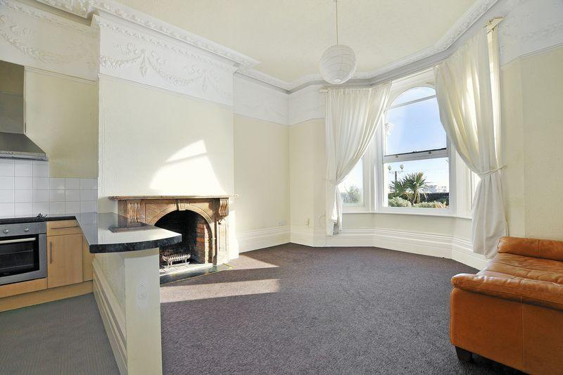 1 Bedroom Apartment Flat for sale in Marine Parade, Worthing