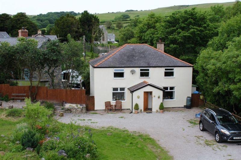 4 Bedrooms Detached House for sale in Llansannan