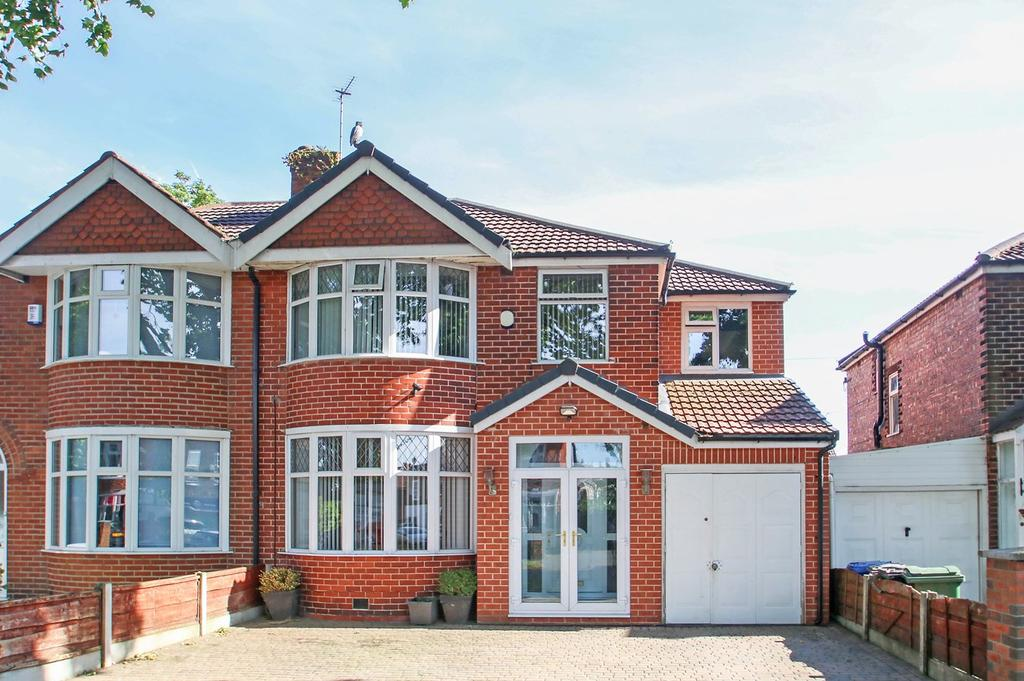 4 Bedrooms Semi Detached House for sale in Canterbury Road, Davyhulme, Manchester, M41