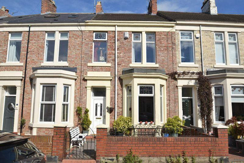 3 Bedrooms Terraced House for sale in Park Crescent, North Shields