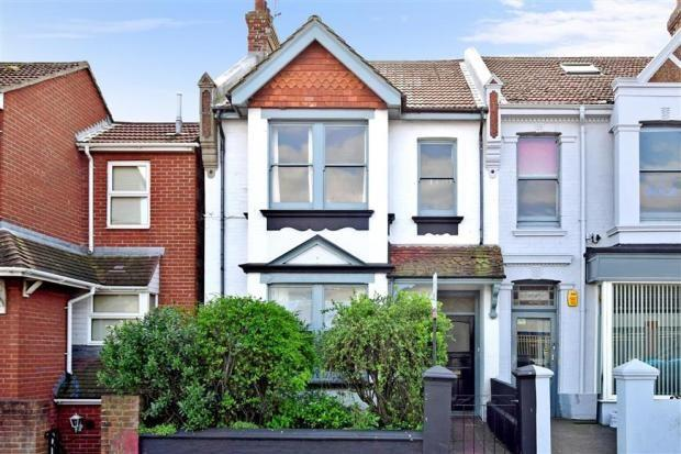 3 Bedrooms End Of Terrace House for sale in Eastern Road, Brighton, BN2
