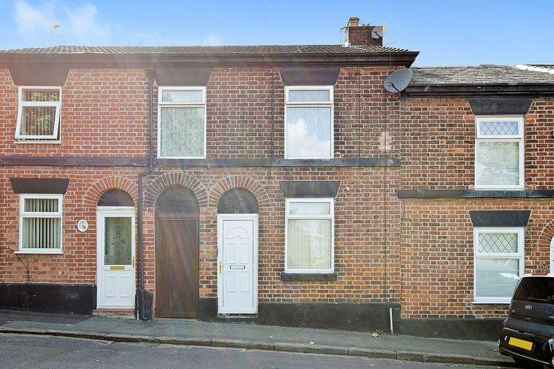 3 Bedrooms Terraced House for sale in Stonehills Lane, Runcorn