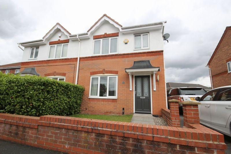 3 Bedrooms Semi Detached House for sale in Greetland Drive, Blackley, Manchester, M9 6DP