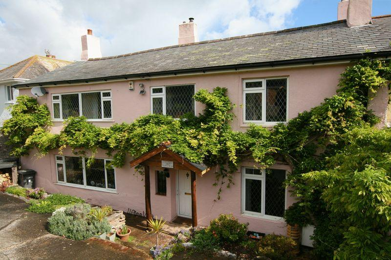 5 Bedrooms Semi Detached House for sale in Upton Manor Road, Brixham