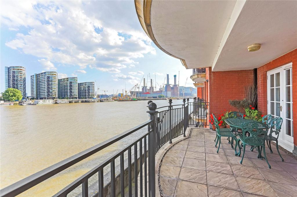 2 Bedrooms Flat for sale in Millennium House, 132 Grosvenor Road, London, SW1V