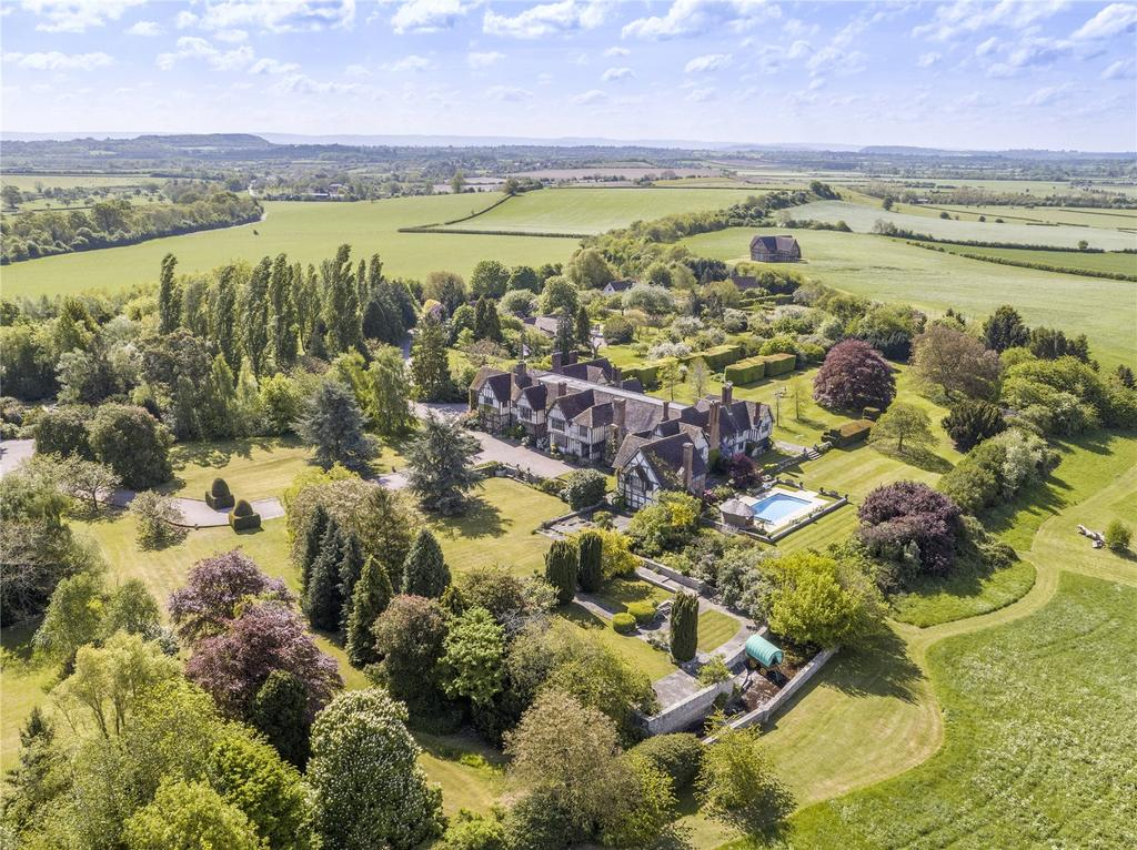 8 Bedrooms Unique Property for sale in Eastington Hall Estate, Longdon Heath, Upton-Upon-Severn, Worcester, WR8