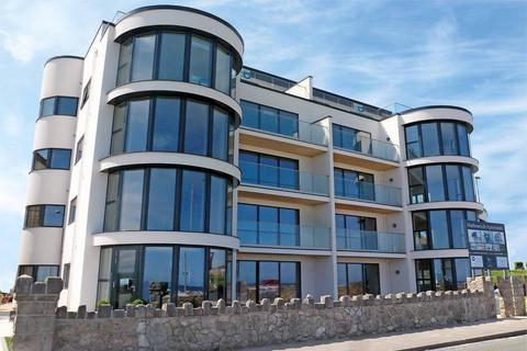 2 bedroom property to rent - Marine Drive, Rhos on Sea, LL28 4NL
