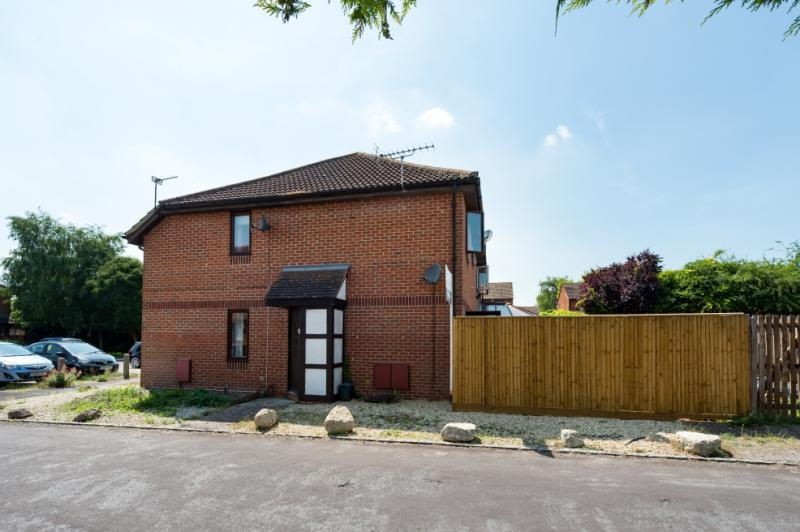 1 Bedroom Terraced House for sale in Balliol Drive, Didcot