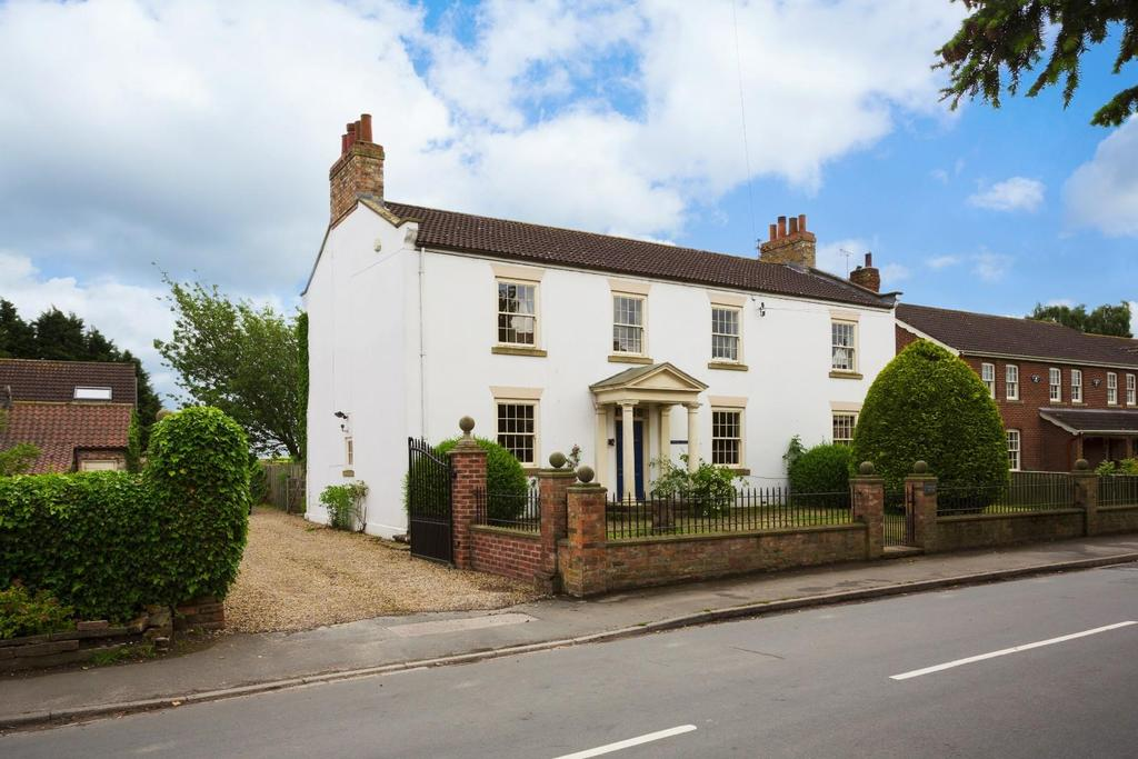 5 Bedrooms House for sale in Main Street, Hessay, York