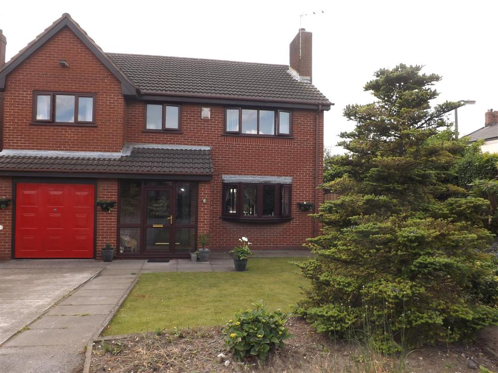 4 Bedrooms Detached House for sale in Camelot Close, Newton-Le-Willows
