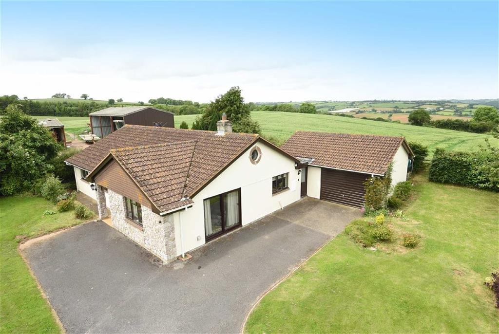 3 Bedrooms Bungalow for sale in Stoneshill, Sandford, Crediton, Devon, EX17