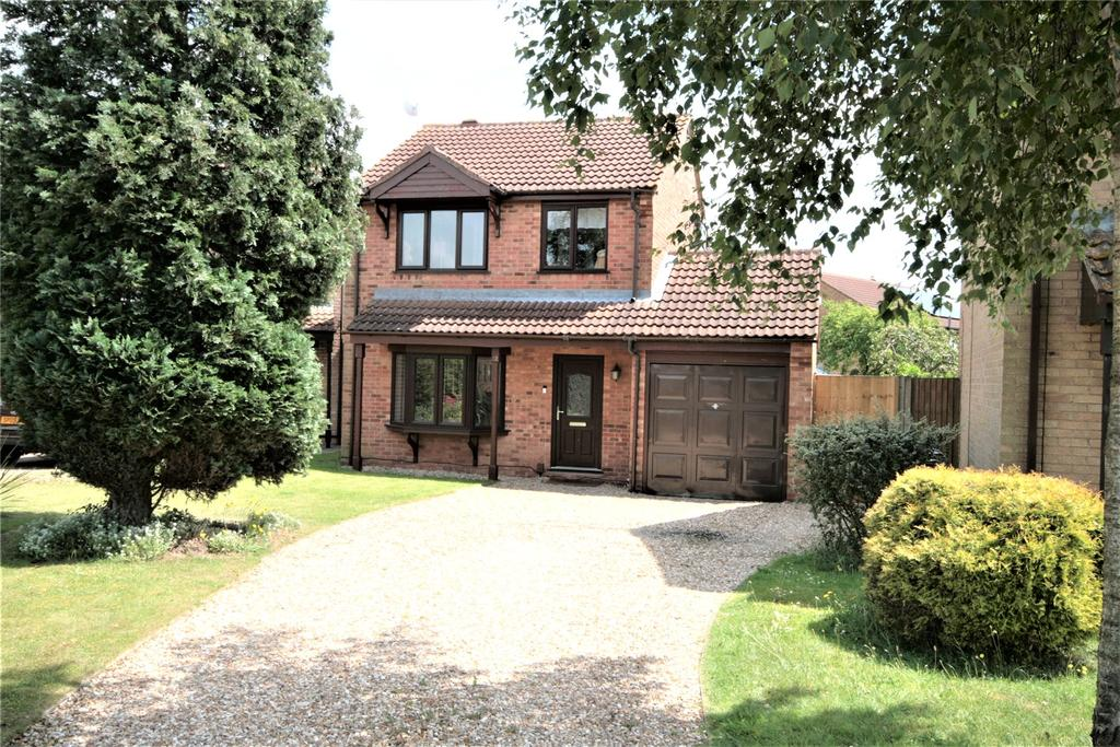 3 Bedrooms Detached House for sale in Hibaldstow Close, Doddington Park, LN6