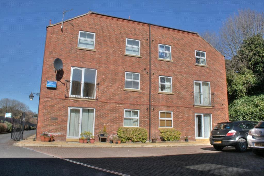 2 Bedrooms Flat for sale in Old Station Mews, Eaglescliffe