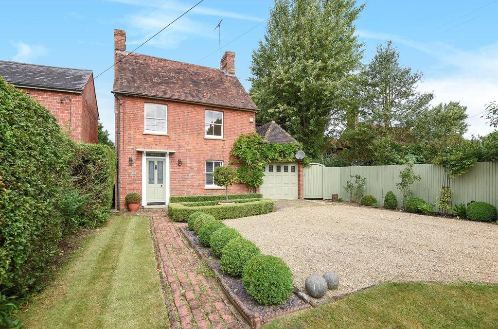 4 Bedrooms Detached House for sale in Brooks Green Road, Coolham, RH13