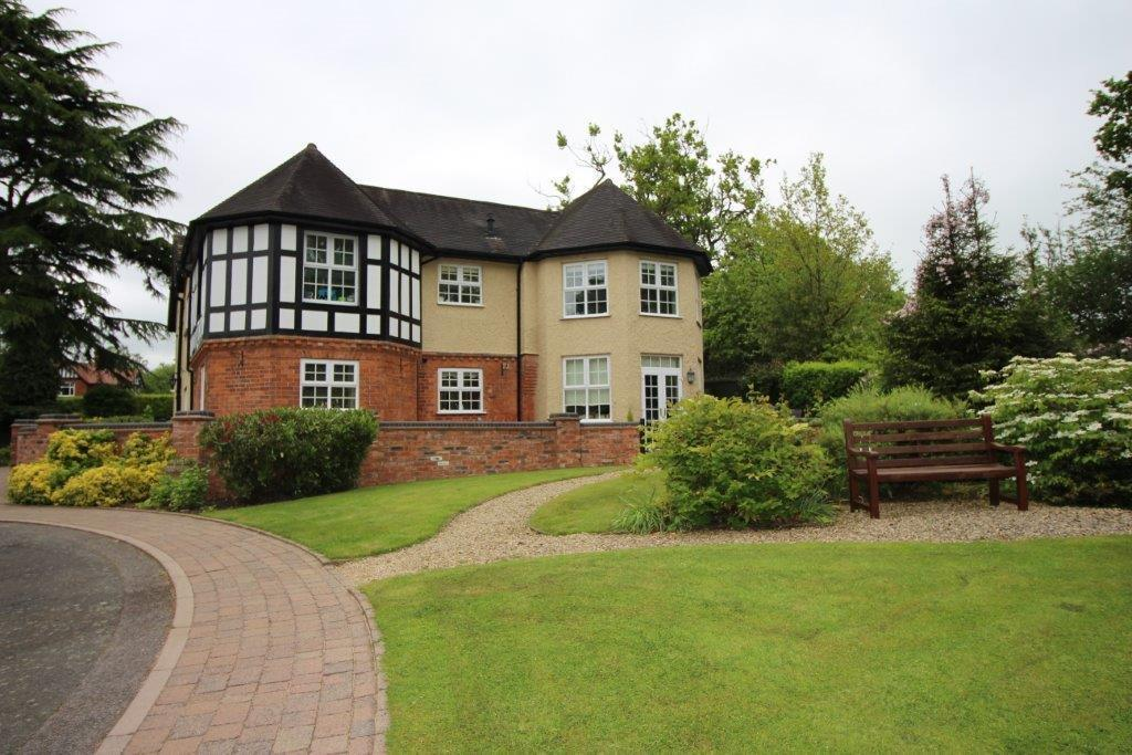 2 Bedrooms Apartment Flat for sale in Linthurst Road, Blackwell, Bromsgrove