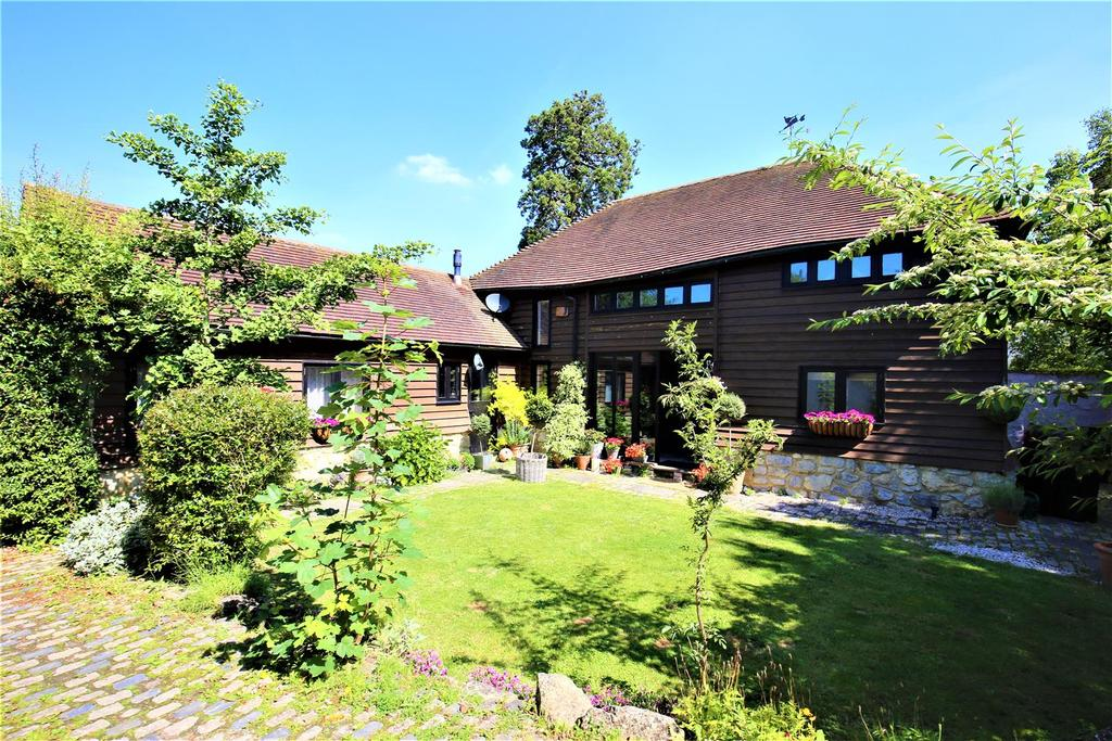 4 Bedrooms Barn Conversion Character Property for sale in Brishing Road, Chart Sutton, Maidstone