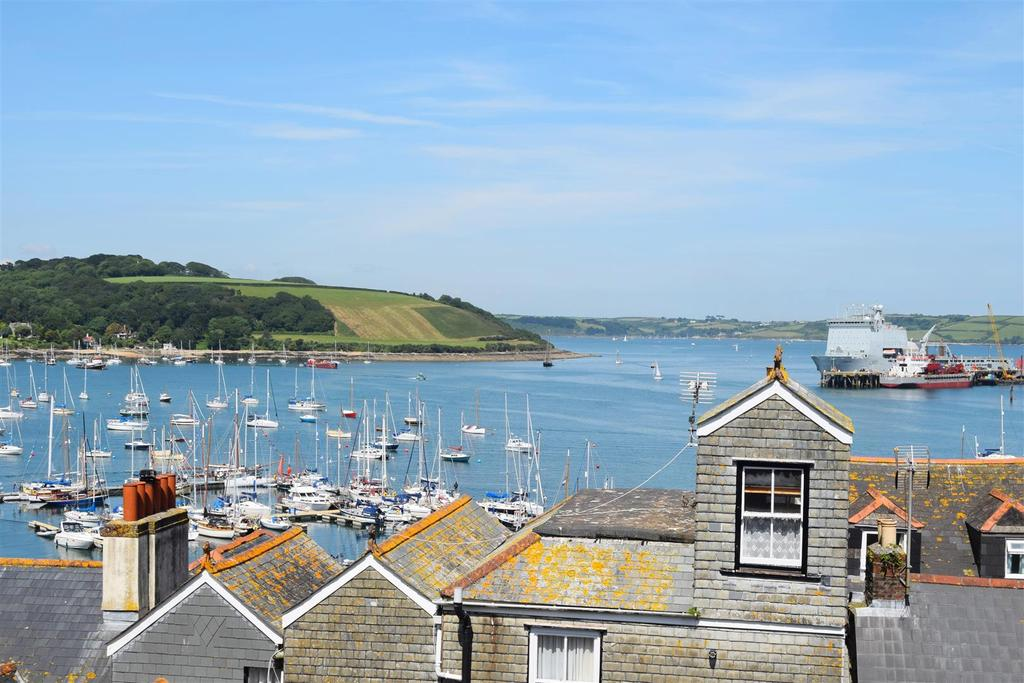 2 Bedrooms Apartment Flat for sale in New Street, Falmouth