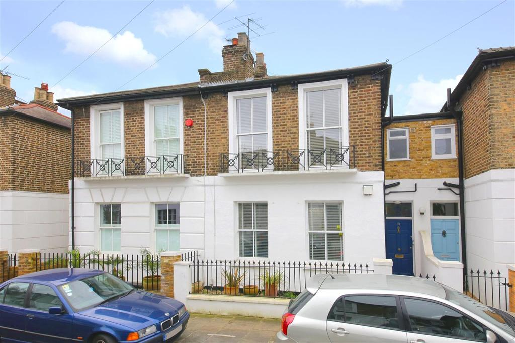 3 Bedrooms Cottage House for sale in Oak Village, London