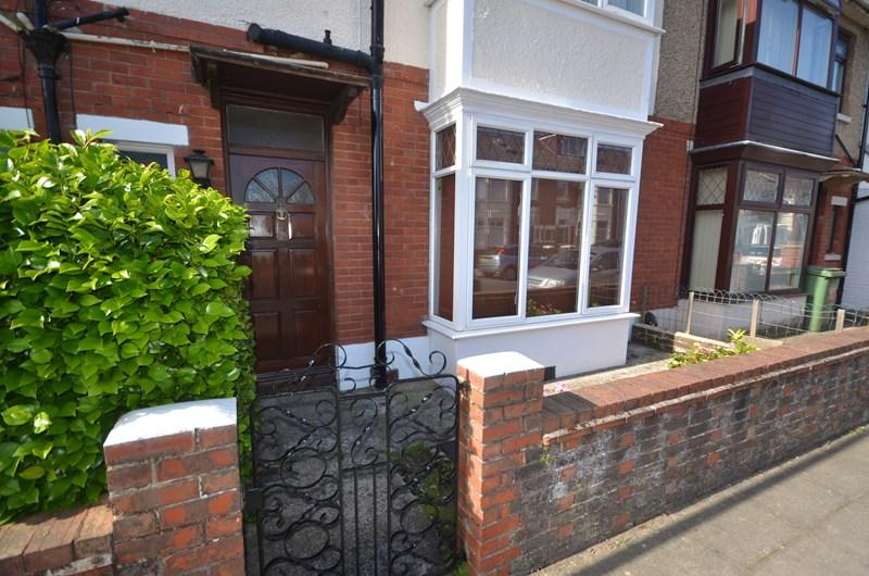 3 Bedrooms Terraced House for sale in Stride Avenue, Baffins, Portsmouth