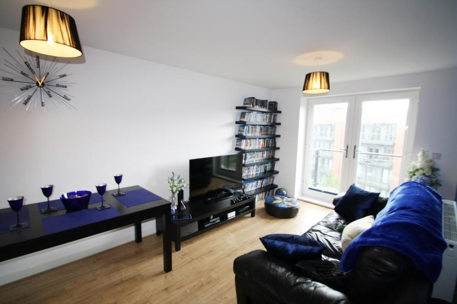 2 Bedrooms Apartment Flat for sale in AIRE QUAY, H2010, HUNSLET, LEEDS, LS10 1GA