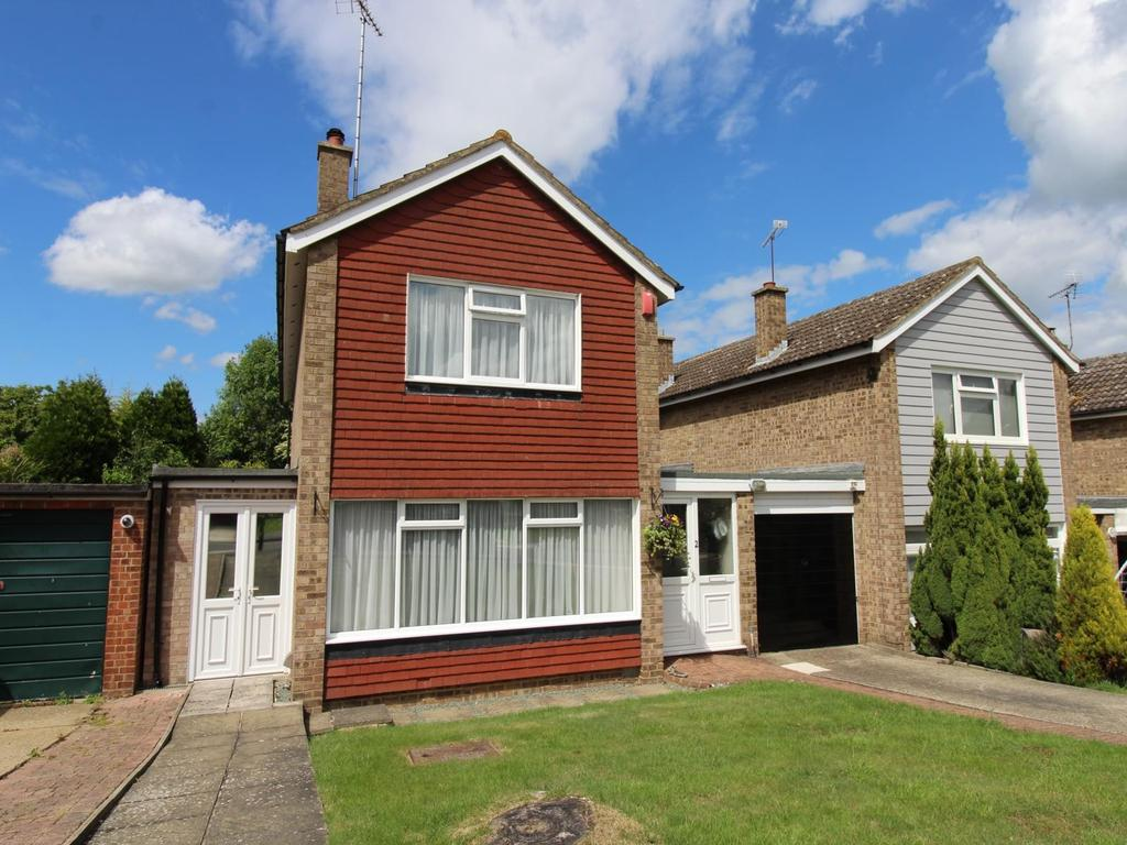 3 Bedrooms Link Detached House for sale in Tithe Close, Witham, Essex, CM8