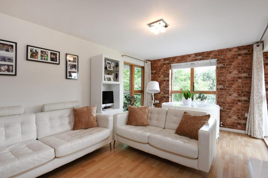 2 Bedrooms Flat for sale in Beckenham Road, Beckenham