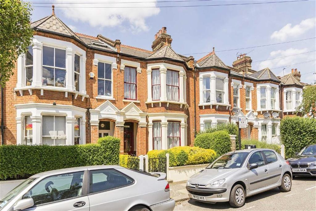 4 Bedrooms House for sale in Rudloe Road, Clapham South, London, SW12