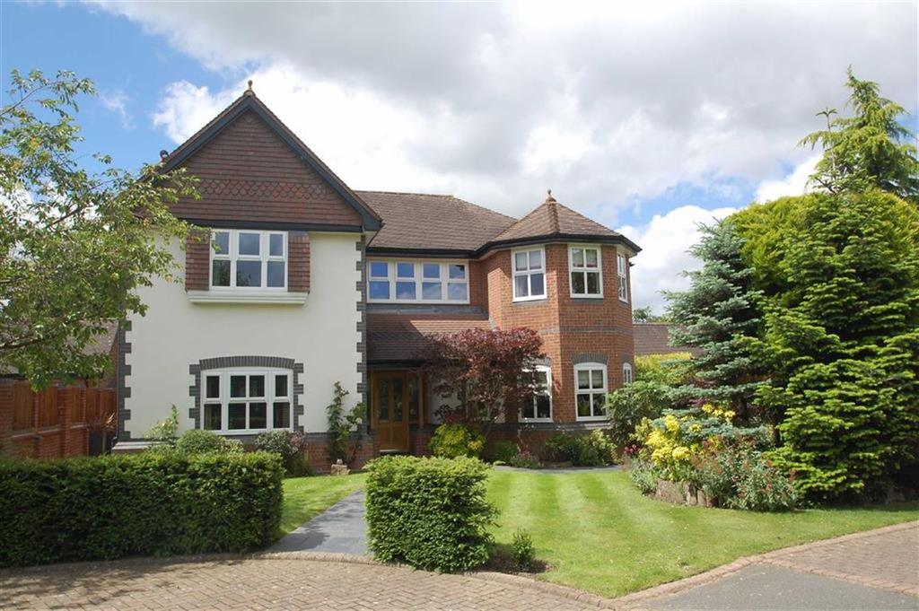 5 Bedrooms Detached House for sale in Oakfield Close, Bramhall, Cheshire