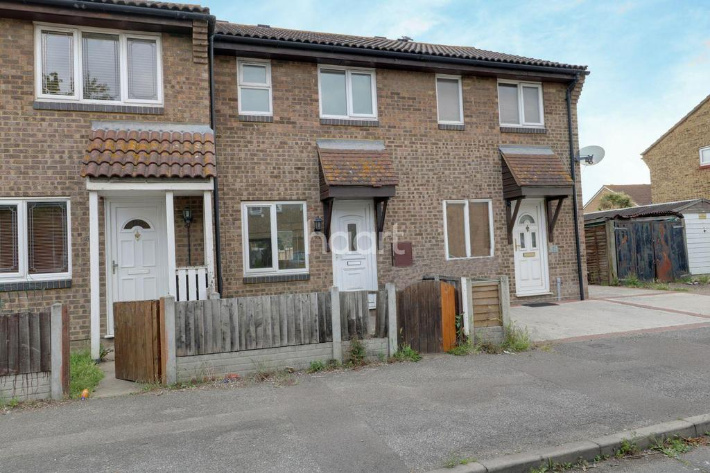 2 Bedrooms Terraced House for sale in Thackeray Avenue, Tilbury