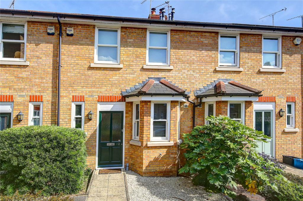 2 Bedrooms Terraced House for sale in Barneby Close, Twickenham, TW2