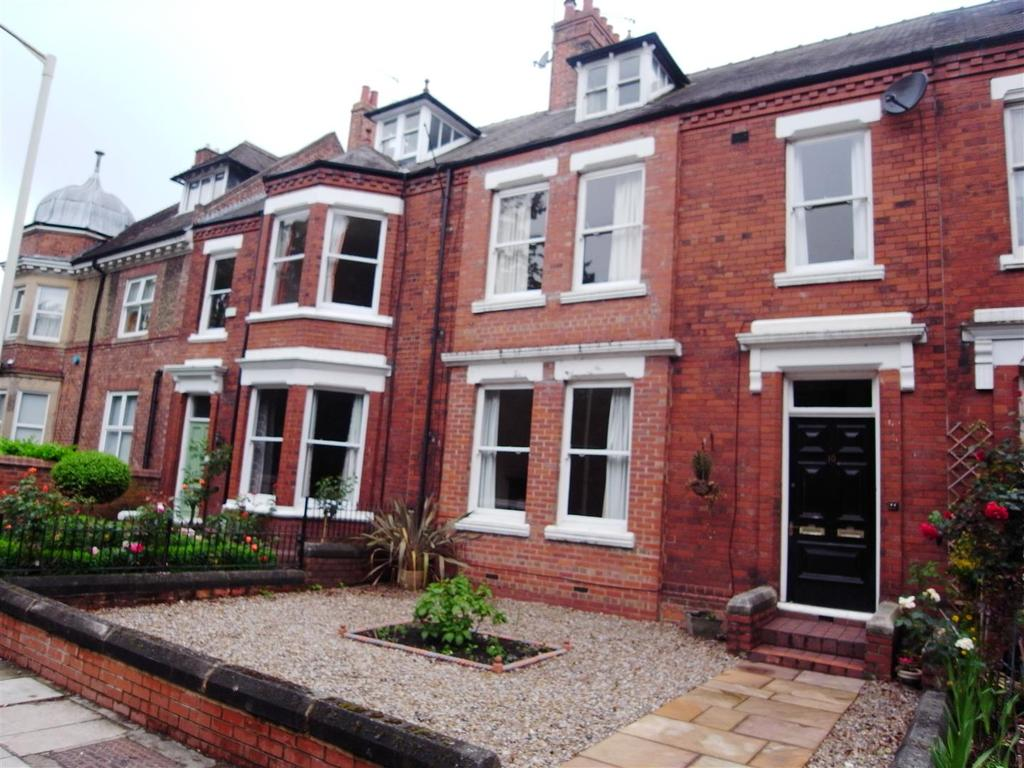 4 Bedrooms Terraced House for sale in Southend Avenue, Darlington