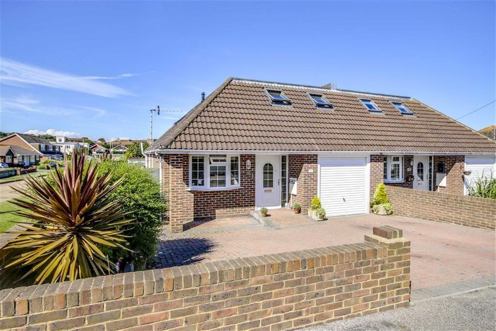 4 Bedrooms Chalet House for sale in Bee Road, Peacehaven