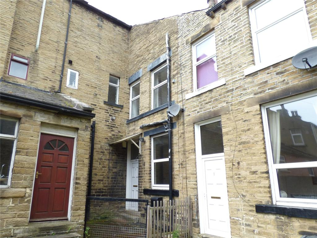 1 Bedroom Terraced House for sale in Co-Operative Yard, Cleckheaton, West Yorkshire, BD19