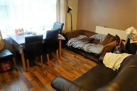 3 bedroom flat to rent - Grovewood, Leeds
