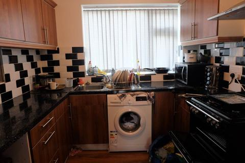 3 bedroom house to rent - Stanmore Crescent, Leeds