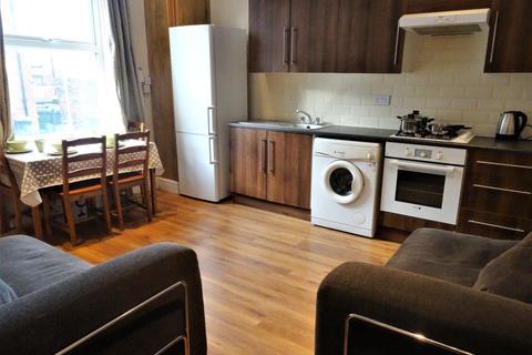 3 bedroom house to rent - Harold Grove, Leeds