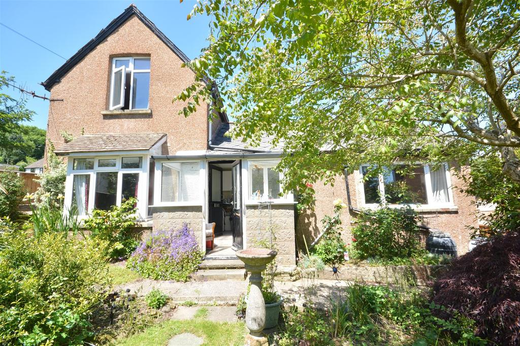3 Bedrooms Detached House for sale in Beauharrow Road, St. Leonards-On-Sea