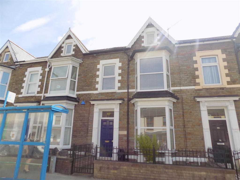 4 Bedrooms Terraced House for sale in London Road, Neath