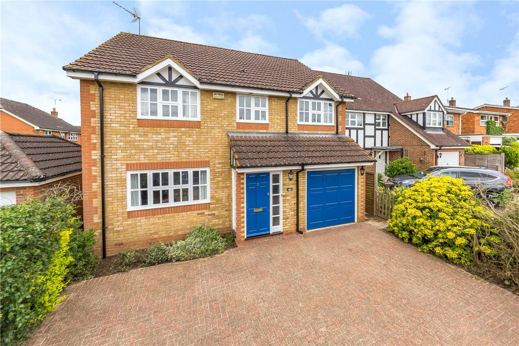5 Bedrooms Detached House for sale in Grove End, Harpenden, Hertfordshire