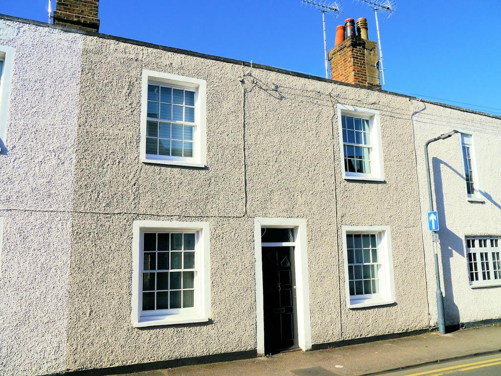 3 Bedrooms Terraced House for sale in Russell Street, Windsor SL4