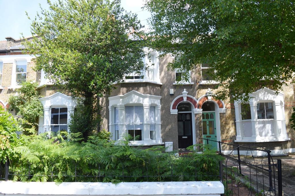 3 Bedrooms Terraced House for sale in Elm Grove Peckham SE15