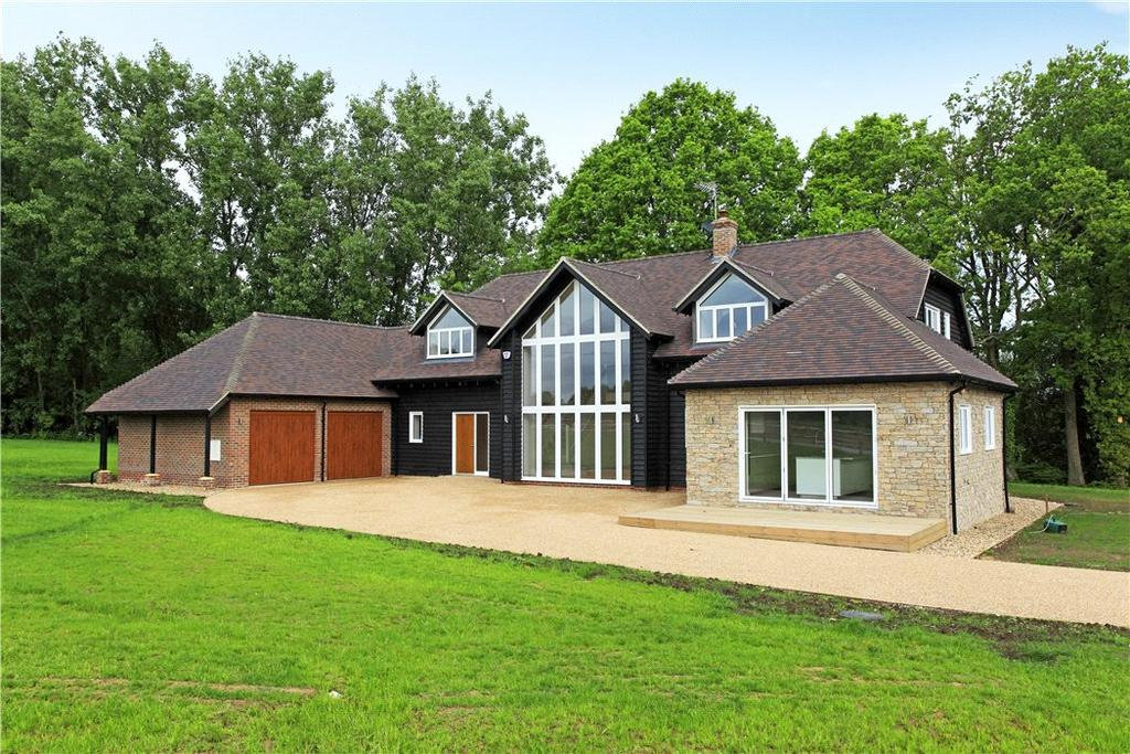 4 Bedrooms Detached House for sale in Butcherfield Lane, Hartfield, East Sussex, TN7