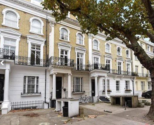 Inverness terrace bayswater london w2 2 bed flat for for 1 inverness terrace hyde park london