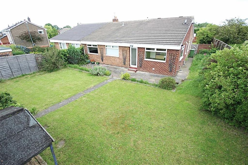 4 Bedrooms Semi Detached Bungalow for sale in Holland Park Drive, Jarrow, Tyne And Wear