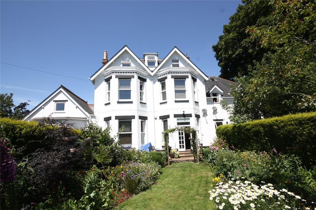 2 Bedrooms Flat for sale in Cavendish Road, Dean Park, Bournemouth, Dorset, BH1